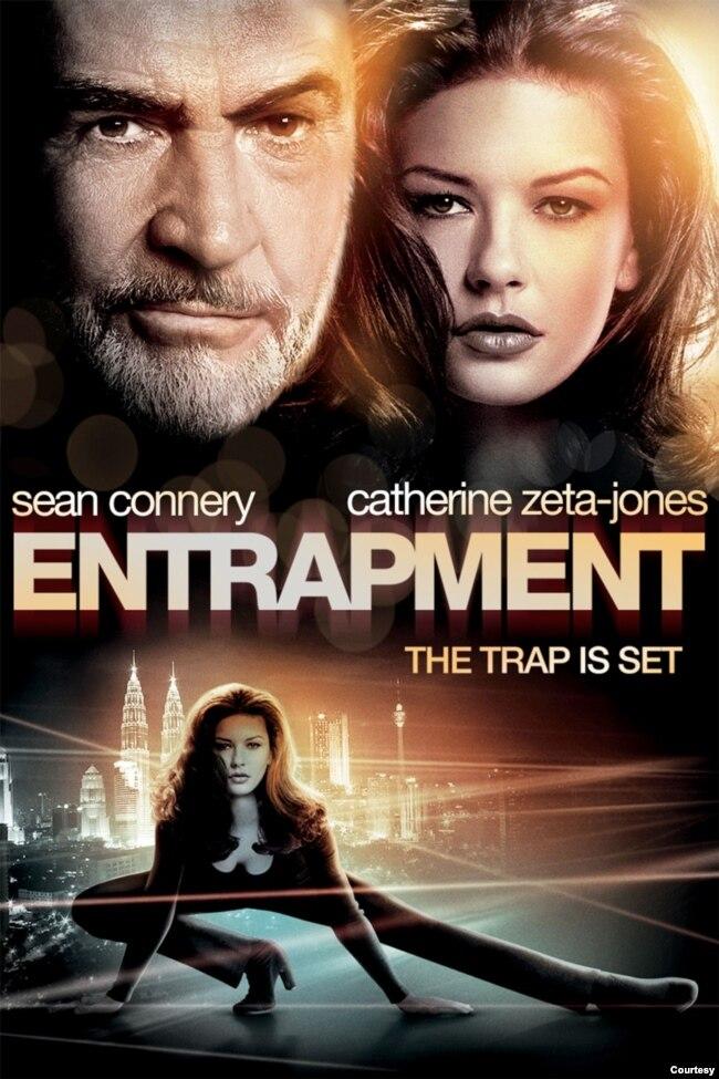 فلم کی شہرت کی اصل وجہ ملائیشیا میں موجود پیٹروناس ٹاور پر وہ اسٹنٹ ہے جس میں شان کونری اور زیٹا جونز جلوہ گر ہوئے تھے۔