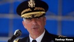 2일 한국 용산 한미연합사에서 열린 미한연합사령관 겸 주한미군사령관 이취임식에서 커티스 스카파로티 신임 사령관이 인사말을 하고 있다.