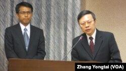 台灣陸委會主委王郁琦(右一)在立法院接受質詢(美國之音張永泰拍攝)