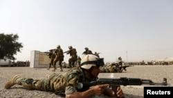 Bağdat'takiTaji askeri üssü Çarşamba günü roket saldırılarına hedef olmuştu (arşiv)