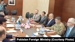 پاکستان اور امریکی وفود نے افغان امن سمیت خطے کی صورتحال پر تبادلہ خیال کیا۔
