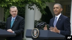 Turski premijer Redžep Tajip Erdogan i američki predsednik Barak Obama na konferenciji za novinare u Vašingtonu