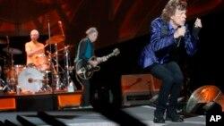Rolling Stones, Майк Джагер (справа)