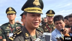 Lt. Gen. Hun Manet, son of Cambodian Prime Minister Hun Sen and deputy commander of the Royal Cambodian Army and commander of the National Counter Terror Special Force, talks to journalist about the Royal Cambodian Arm Force sports tournament. January 5, 2017. (Kann Vicheika/VOA Khmer)