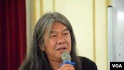 前香港立法會會議員梁國雄 (美國之音湯惠芸拍攝)