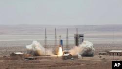 ایران وايي ددغو کارونو هدف یې پوځي نه دی