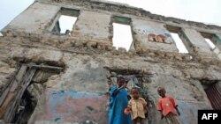13 triệu dân tại các nước Somalia, Kenya, Ethiopia, và Djibouti bị ảnh hưởng bởi nạn hạn hán triền miên và thiếu thốn lương thực