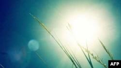 Buổi sáng tháng Tư - Âm thanh không cuồng nộ