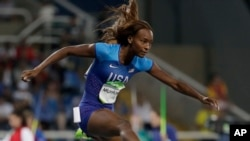 Dalilah Muhammad của Mỹ đang nhắm đến chiếc huy chương Olympic 2016 đầu tiên khi tranh tài ở nội dung 400 mét vượt rào.