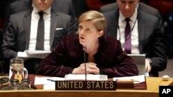 유엔 안보리가 새 대북 제재 결의안을 통과시킨 지난 2일 안보리 회의장에서 사만다 파워 유엔주재 미국 대사가 발언하고 있다.