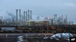 عکسی از نیروگاه آب سنگین اراک. یکی از نیروگاه های تحت بازرسی آژانس بین المللی انرژی اتمی
