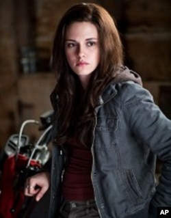 "Kristen Stewart stars in ""The Twilight Saga: Eclipse"""