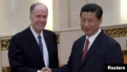 Američki savetnik za nacionalnu bezbednost Tom Donilon je u Kini, u cilju priprema sastanka kineskog i američkog predsednika