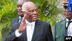 José Eduardo dos Santos, mokonzi ya kala ya Angola, na Luanda 26 septembre 2017.