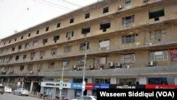 کراچی کے تاریخی ہوٹل میٹروپول کی متروکہ عمارت