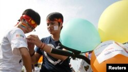 Cuộc diễu hành đồng tính đầu tiên tại Hà Nội, ngày 5 tháng 8 năm 2012.