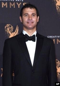 رامین جوادی برای آهنگسازی فصل هفتم مجموعه «بازی تاج و تخت» نیز برنده جایزه امی شده بود