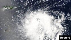 "Satelitski snimak uragana ""Dorijan"""