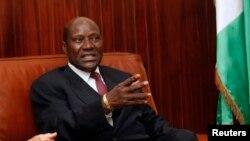Les Premiers ministres ivoirien Daniel Kablan Duncan, 6 janvier 2013.