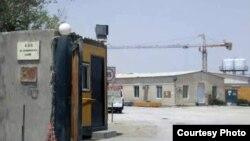 카타르 알 샤하니야 지역의 북한 건설 노동자 숙소. 카타르 건설회사 CDC에 고용됐던 북한인들이 모두 해고된 후 현재 비어있는 상태다. 사진 제공= 이종설.