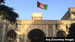 ریاست جمهوری میگوید، مذاکرات با عطامحمد نور به معنای کنارگذاشتن ریاست اجرائیه نیست.