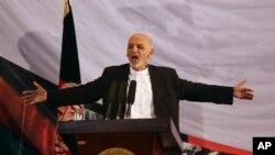 阿富汗当选总统加尼发表讲话