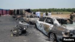巴基斯坦巴哈瓦尔布尔地区油罐车爆炸现场 (2017年6月25日)
