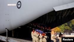 越南戰爭中陣亡的33名澳大利亞軍人遺骸星期四返回澳大利亞。