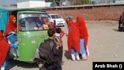 یہ تمام طالبات نہ صرف غریب اور نادار گھرانوں سے تعلق رکھتی ہیں بلکہ ان میں کئی ایک یتیم اور بے اسراء لڑکیاں بھی شامل ہیں۔