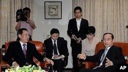지난 8월 26일 위성락(우)-우다웨이 회담