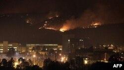 Cháy rừng tại New Mexico gần Phòng Thí nghiệm Quốc gia Los Alamos, 28/6/2011