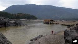 图为缅甸北部卡钦省的伊洛瓦底江。