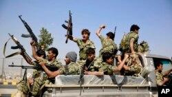 Pemberontak Houthi yang didukung Iran mengatakan akan mematuhi gencatan senjata terbaru (foto: dok).