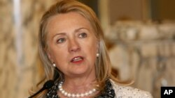 Menlu AS Hillary Clinton menjanjikan bantuan AS sebesar 58 juta dolar kepada negara-negara di Tanduk Afrika (foto: dok).