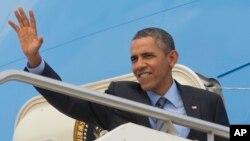 28일 로마 순방을 마치고 사우디행 비행기에 오르는 오바마 대통령.