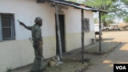 Comando da polícia em Maringué metralhado pela Renamo
