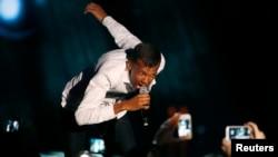 Le chanteur Stromae lors d'une de ses prestations