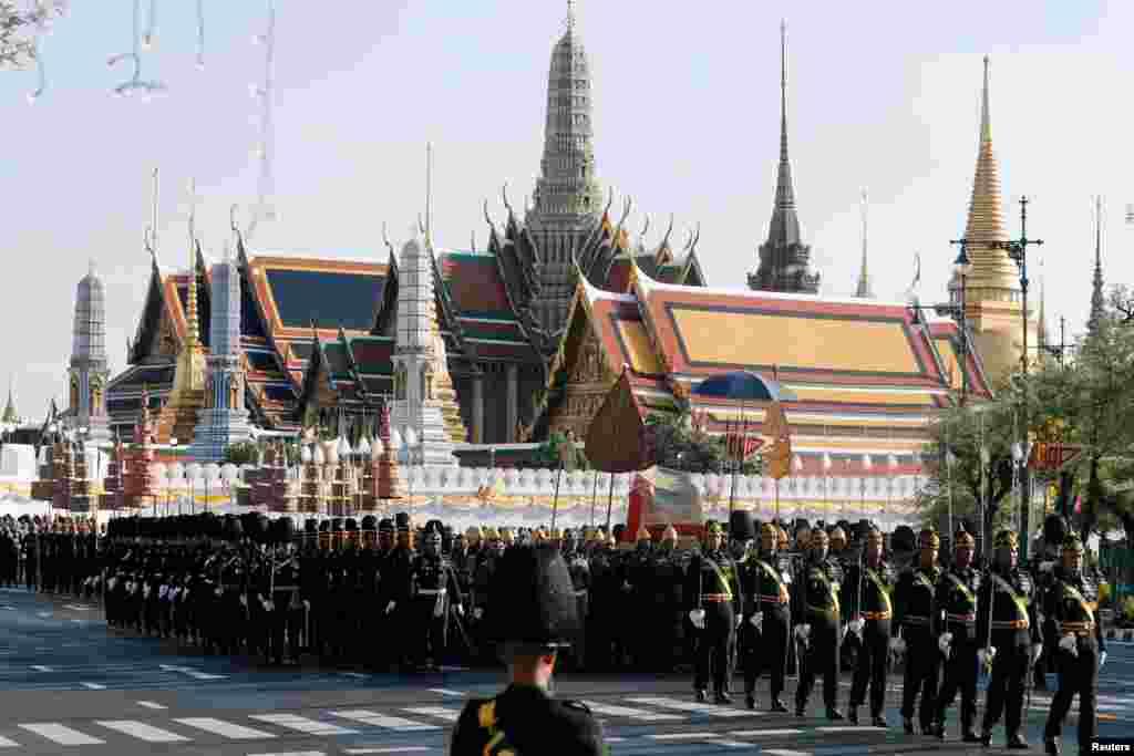 Thai soldiers take part in a rehearsal of Thailand's King Maha Vajiralongkorn coronation procession