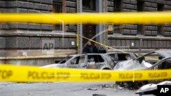 Spaljeni automobili u Sarajevu