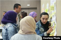 "Participants discussed entrepreneurship and business opportunities in Tunisia's troubled Medenine governorate during a recent three-day ""coworking camp"" organized by the Cogite CoWorking Project, Feb. 21, 2015."