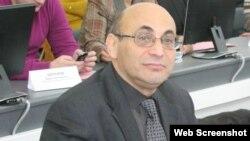 Arif Yunus (foto Arif Yunusun facebook səhifəsindən götürülüb)