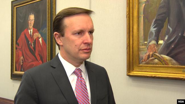 El senador demócrata por Connecticut Chris Murphy expresó preocupación sobre la autoridad nuclear del Presidente de EE.UU.