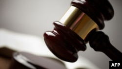 2 luật sư nhân quyền TQ chống các nỗ lực rút giấy phép hành nghề