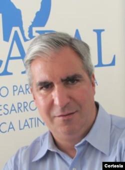 Gabriel Salvia, director de CADAL en Argentina