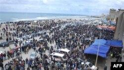 Građani se okupljaju blizu sudnice u Bengaziju