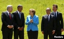 (E-D) Primeiro-ministro Canadá Stephen Harper, Presidente dos EUA Barack Obama, Chanceler alemã Angela Merkel, Presidente França Francois Hollande e Primeiro-ministro britânico David Cameron