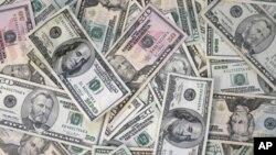 САД: Намалување на платите на директорите на фирми спасени со владини пари