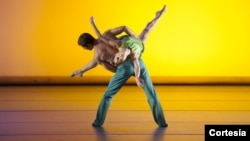 El ballet Aspen Santa Fe se presenta el martes 30 de julio en Wolf Trap, Virginia. [Foto: cortesía, Wolf Trap].