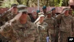 Des soldats américains à l'état-major de l'opération Resolute Support (RS) de l'Otan à Kaboul, Afghanistan, 15 juillet 2017.
