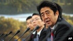 지난달 열린 G8회담에 참석한 아베 신조 일본 총리. (자료사진)